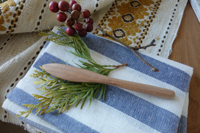 majakkaワークショップ・無垢の木バターナイフ